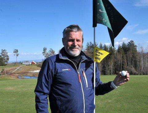 GLEDENS DAG: Anders Onar Berge gledet seg stort til å spille en golfrunde igjen etter en dramatisk avslutning på forrige sesong hvor han fikk hjerneblødning etter den siste runden han spilte.