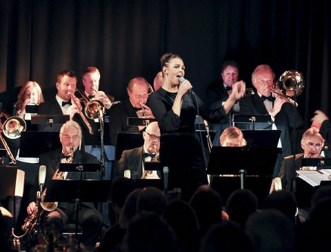 VOKAL: Monika Wendt har flere ganger imponert som vokalist med et svært kompetent Larvik Storband.