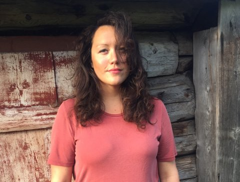 ELDEN: Caroline Grønbekk fra Os spiller Rørosjenta Kristine i musikkspelet Elden. Foto: Anette Sæther