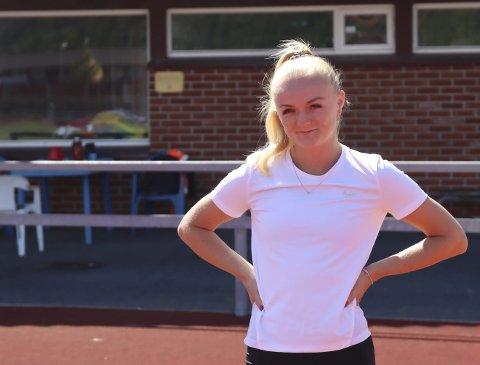 SÅNN PASSE: Marte Pettersen (23) forteller at hun var et stykke unna personlig rekord på 100-meter på sommerstevnet på Bislett. Hovet-jenta er ikke skuffet, og syns det var deilig å konkurrere igjen.
