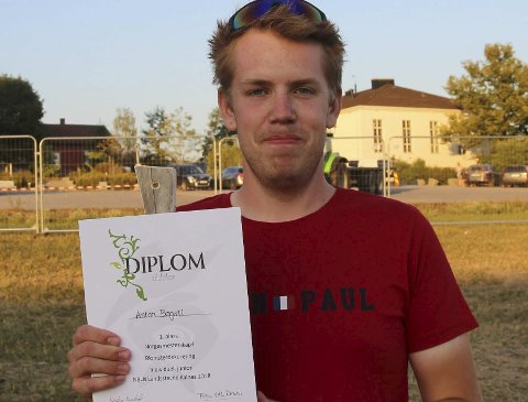 Vant: Anton Bogsti tok NM-gull i blomsterdekorering for amatører.