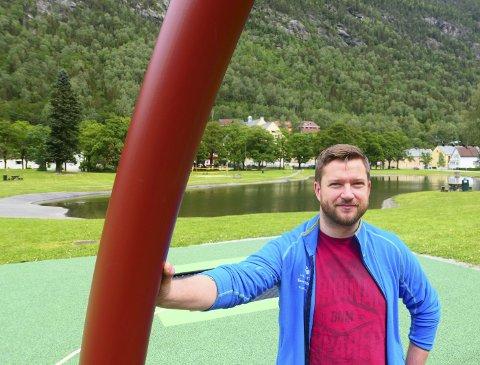 VALG:   Tinn Venstre var første lokalparti  som var klar med sitt valgprogram for 2019-2023.  Leder Marius Skeie mener dette er oppskriften for en ny giv i Tinn.