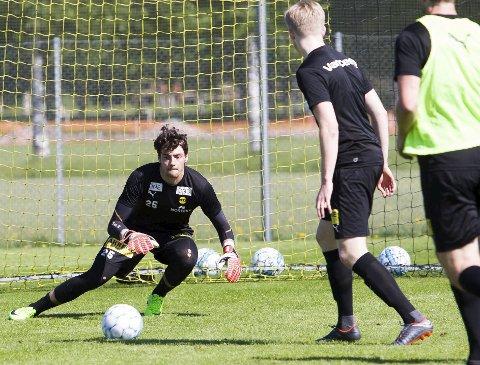 Sulten: Matvei Igonen håper på spill torsdag, for første gang for A-laget siden 9. mai. Foto: Lisbeth Lund Andresen