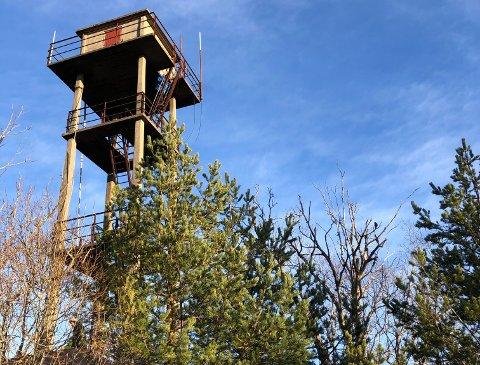 DÅRLIG FORFATNING: Ifølge Naturvernforbundet i Hurum og Røyken er Stikkvannstårnet i dårlig forfatning.