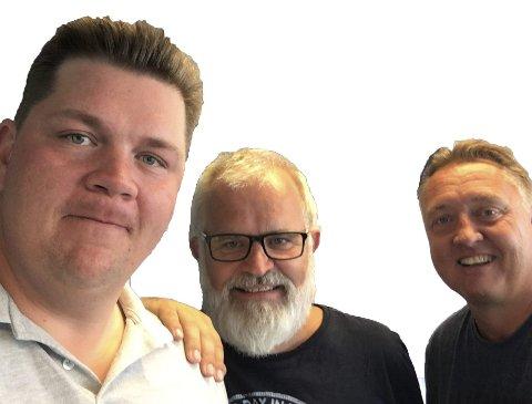PÅ PLASS: Patrick Walther Larsen, Øistein Veberg og Petter Kalnes er på plass når sa.tv sender direkte før, under og etter morgendagens S08-kamp.
