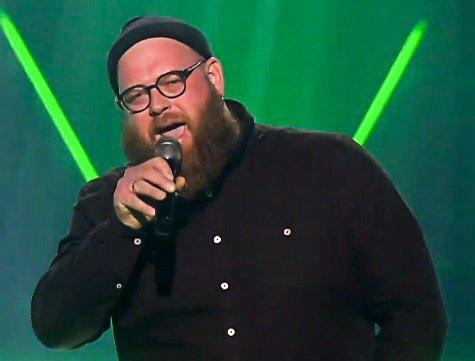 KRAFTSTEMME: Audun Haukvik skalv og fryktet det verste i The Voice, men lykkes til de grader med sin første opptreden.