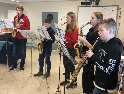 Saksofongruppen i aksjon.