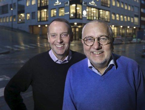 STOLTE:Sjefredaktør i AN, Jan-Eirik Hanssen, og redaktør Børre Arntzen i Bodø By.