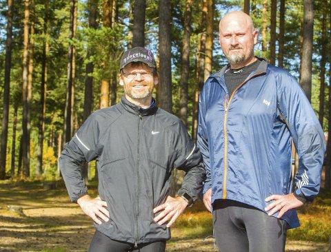FORBEREDT: Trond Steinsvik (t.v) og Odd Inge Hellerud er i rute med forberedelsene før Furumomila på lørdag.