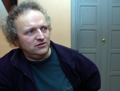 TIL HALDEN: Komponist og pianist Wolfgang Plagge blir nok det største trekkplasteret i Immanuels kirke under konserten der 2. april.
