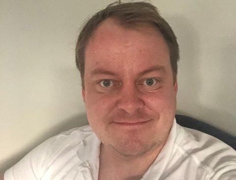 HELE FAMILIEN: Erlend Wiborg forteller at både han, kona Maria og deres datter på ni måneder nå har fått påvist koronaviruset.
