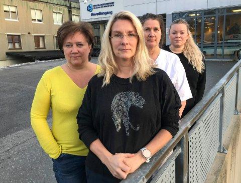 Elin Pettersen (t.v), Hanne Marthe Drevvatn, Merete Martinsen og Malin Tollefsen er tillitsvalgte for sykepleierne  ved sykehuset i Mosjøen. De er i sjokk over sjefens innstilling til styret.