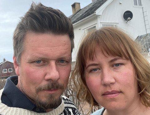 KLART BUDSKAP: Ekteparet Tor Espen Olaussen og Marie Lovise Liland Olaussen oppfordrer deg til å ikke ta for lett på koronaviruset.