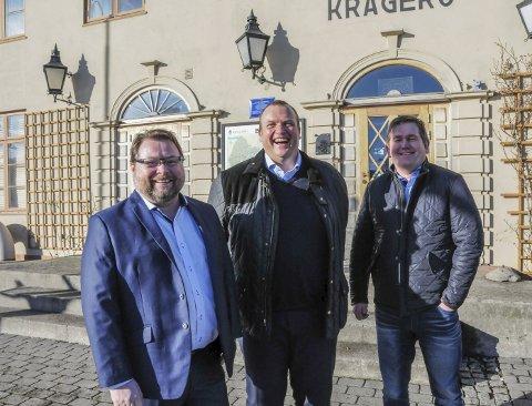 HÅPER PÅ AVTALE: Jan Terje Hestås (t.v.), Jan Endresen og Yngve Bjerke i Tide Forsikring håper å få leieavtale med kommunen på Jernbanebygget om kort tid.
