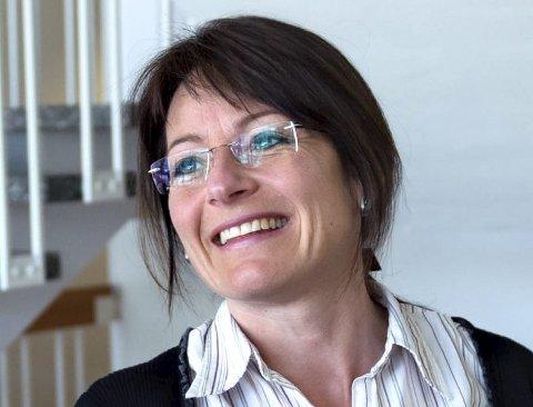 Omsorgssjef i Vestre Toten, Trine Kløvrud, sier de overvåker situasjonen nøye for hjemmeboende som har vedtak på at de trenger et heldøgns omsorgstilbud.