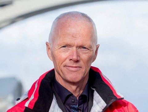 Robert har sine ledelseserfaringer fra Røde Kors, Forsvaret, NATO og FN