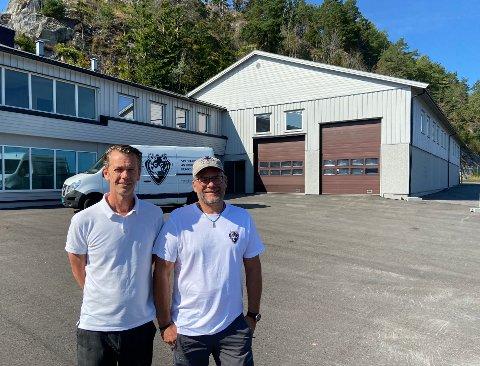 Selger spesiallagde bobiler: Daglig leder og eier av Nordic Caravan AS Frode Heum (46) og tekniker Pål Killingmo (47) ser fram til å starte opp i Larvik.