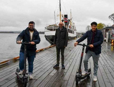 Metin Øzdal (t.v.) og Alan Asadi (t.h.) står bak selskapet BOVI. Tønsberg kommune og BOVI har inngått avtale for utleie av elsparkesykler i et pilotprosjekt. Nå ønsker de å starte opp i Færder kommune også.
