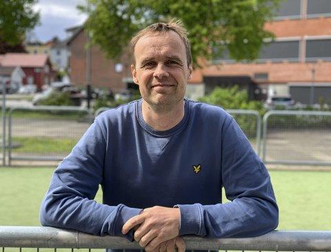SPENNENDE: Utvalgsleder Anders Rambekk synes det er veldig spennende at rådmannen prioriterer å bruke 1,5 millioner kroner på et forprosjekt om friidrettshall på Kjølnes.