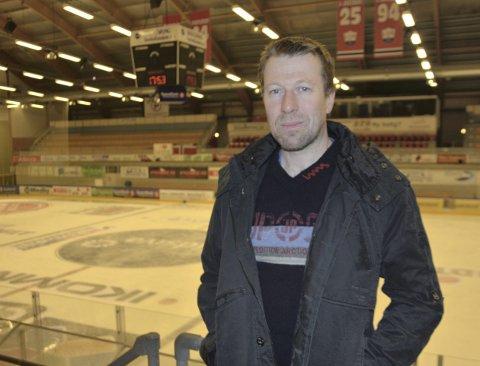 Tilbake: Arne Sveinhaug er tilbake der Lillehammer og Storhamar nå utkjemper kampen om «bøtta»Foto: Haakon Skarpnord