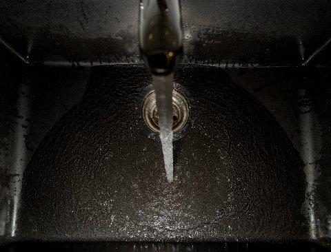 For dem aller fleste er det vann nok i springen selv om tørken fortsetter ute.