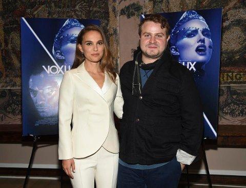 STJERNE OG REGISSØR: Nathalie Portman har fått et kjempe-comeback med Brady Corbets nye musikkfilm Vox Lux.