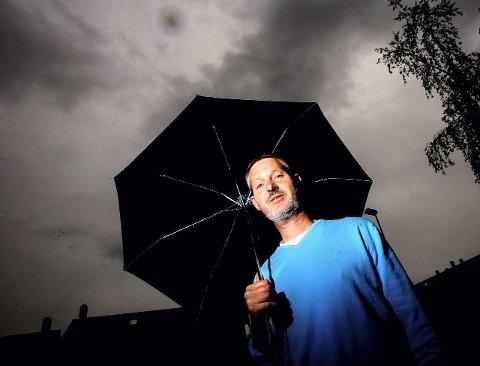 REGN MED DETTE: – Kortere vintere og kraftig regnskyll i vintermånedene er nok kommet for å bli, sier statsmeteorolog John Smits.