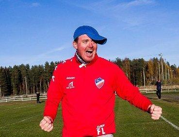 JUBEL: Fredrik Larsen jublet ellevilt i likhet med resten av sitt mannskap etter overtidsutlikningen på Jessheim stadion. Bildet her er tatt fra 2015-sesongen.