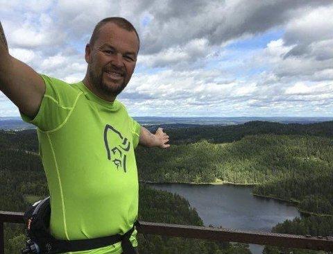 LETTET OG GLAD: Ronny Bratten er svært fornøyd på vegne av Hurum Turistforening.