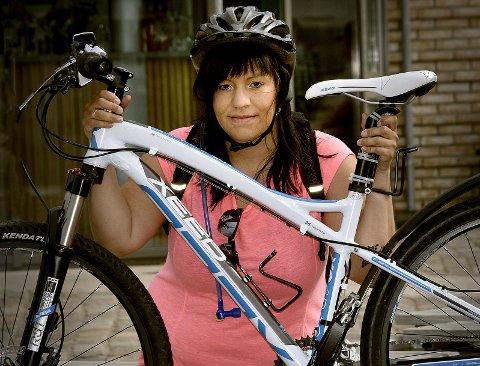 Veronica Palmqvist er klar for å sykle Hennesrittet selv om hun er gravid i tredje måned. Foto: Jarl Morten Andersen