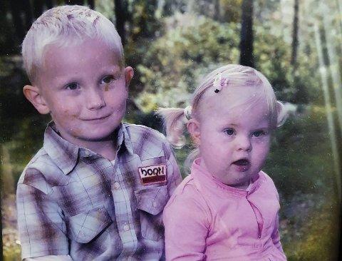 STERKT BÅND: Andreas Madsen Vikheim og søsteren Marie har hatt et nært forhold siden de var små.