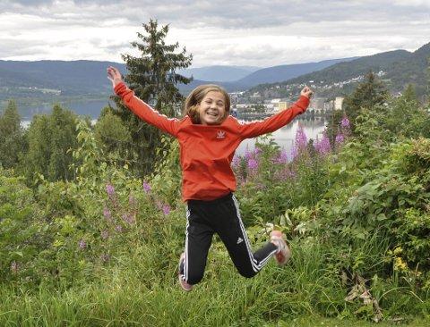 Brytertalent: Anne Svarstad (13) gjør det bra på bryte-matta om dagen. Etter samling med landslaget har Notodden-jenta klare mål for   hva hun ønsker videre i karrieren.