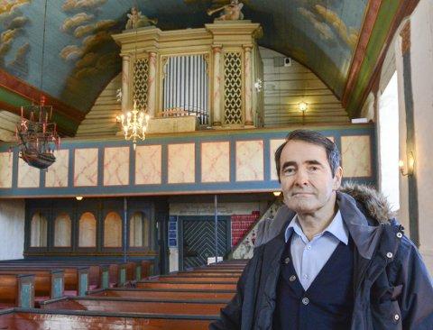 Lang prosess: - Da vi satte i gang, tok det faktisk to år før vi fikk tillatelse fra Riksantikvaren å plassere det nye orgelet på østgalleriet, sier Torleif Haugland. Det gamle orgelet ble fredet. Nå har den lave kronekursen gjort orgelhandelen 1,5 millioner kroner dyrere. Arkivfoto