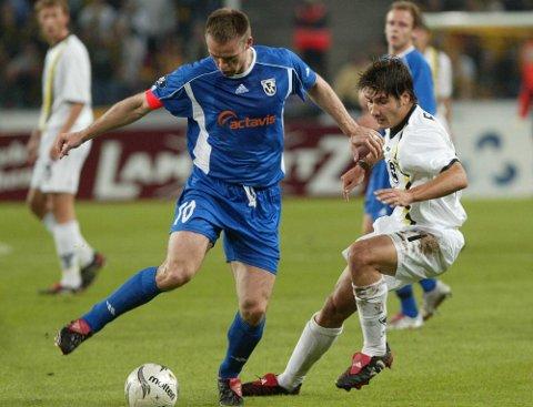 Valur-trener Heimir Gudjonsson beskrives som en vinner av islandsk journalist. Her fra tiden som spiller i Hafnarfjørdur i UEFA-cupen mot Alemannia Aachen i 2004.