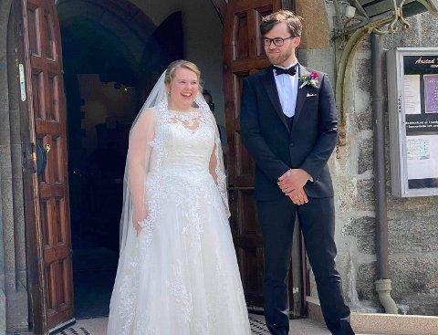 Else Sophie Gjelsten Skeidsvoll og Jørgen Borhaug Gjelsten på bryllupsdagen 1. august 2020.