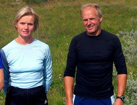 Norunn Stavø og Magnar Solheim held seg i imponerande god form. Her frå ein duathlon på Turtagrø.