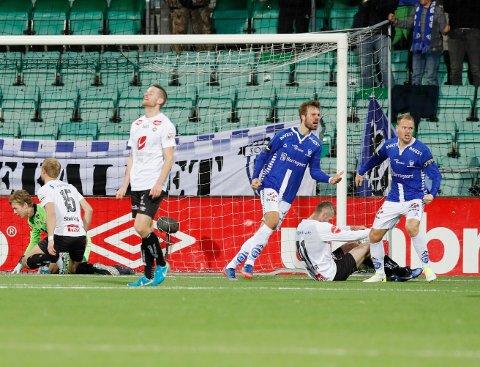 TIDLEGARE: Neste sesong av Eliteserien skal starte to rundar tidlegare. Bildet er frå då to poeng rauk for Sogndal i 3-3-kampen mot Sarpsborg 08.
