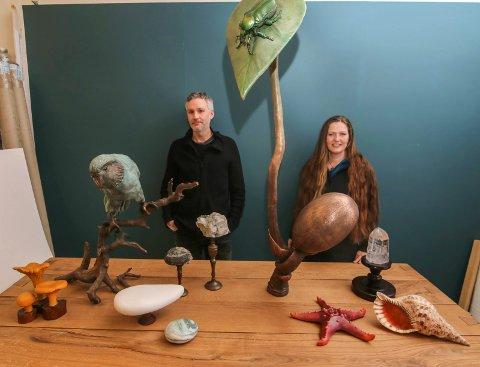 Stor jobb: Stefan Christiansen og Laila Kongevold har brukt halvannet år på å ferdigstille installasjonen.