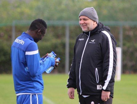 PODKAST-GJEST: Karl Oskar Emberland, her med Ibrahim på torsdagens FKH-trening.