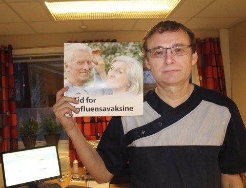 Vil vaksinere: – Det er viktig å vaksinere helsepersonel for å minske smittefare for eldre, sier Øyvind Rømo.Foto: Jon Steinar Linga