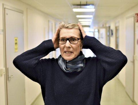 Hulda Gunnlaugsdottir 61 år. Singel. Mor til to. Bestemor til ei. Administrerende direktør for Helgelandssykehuset. Bor i Mo i Rana og Oslo.