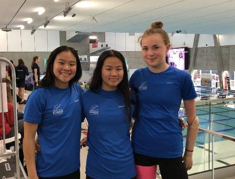 MEDALJER: Fra venstre til høyre: Amilie Malde Carlsen, Amanda Malde Carlsen og Emma Sofie Friestad. Samtlige leverte gode prestasjoner i helgen.