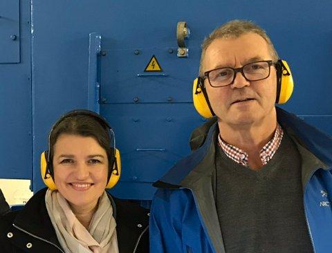 Liv Kari Eskeland og Leif Sverre Enes er glade for at Onarheim Kraftverk no kan realiserast. (Pressefoto).