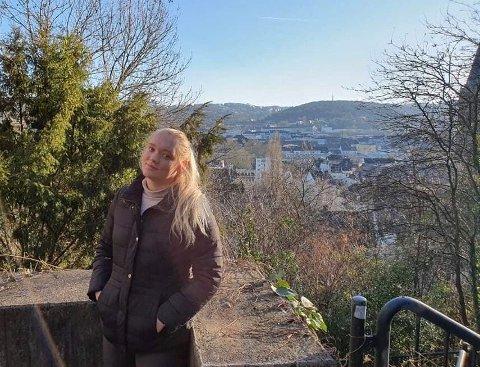 FLYTTER: Ida Marie Krogh har skrevet sin første proffkontrakt. Her på besøk i den tyske byen Wuppertal, som er hennes neste hjemsted.