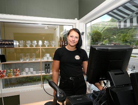 Innehaver av Tyst på Otta,  Mari Lillebråten Øihusom, har bestemt seg for å selge butikken.