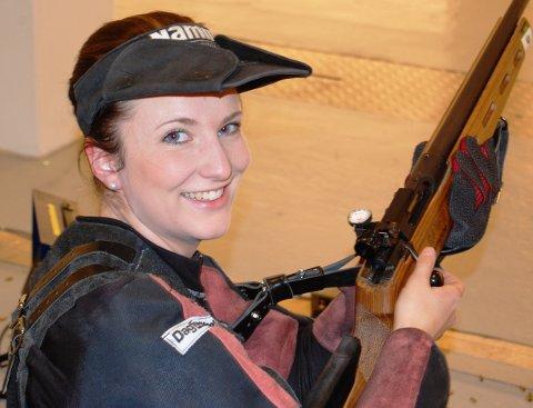 Anne Ingeborg Sogn Øiom vant begge de to lokale innendørs skyttertevnene i helga.