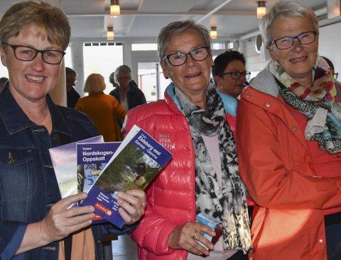 På jentetur: Grethe Warhuus (t.v.), Tove Aas og Bjørg Jahren (t. Nå planlegger de en dagstur i Samaia. – Det blir den første turen i Eidsberg for min del, sier Grethe Warhuus(t.h)
