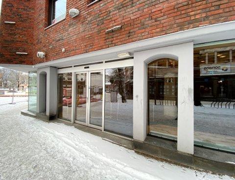 LEDIG: Nå står lokalene i Fayes Gate 7, gamle Vestfold-stua, helt ledige for nye leietakere.