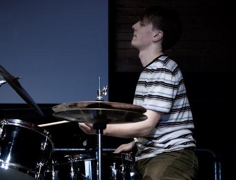 Hardtslående: Den unge trommisen fra Hedalen har gjort seg bemerka med flere band i norsk jazzmiljø.