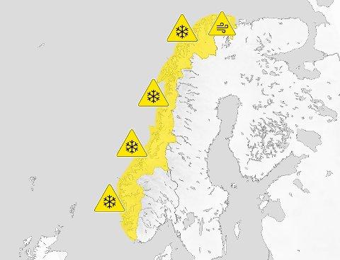 Ruskevær: Norge vil preges av dårlig vær og mer snø de neste dagene på grunn av et nytt lavtrykk: - Vi har sendt ut varsel om snø de neste dagene for store deler av landet.